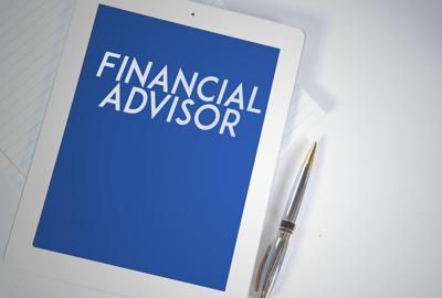 0523 Financial Focus Financial Advisor