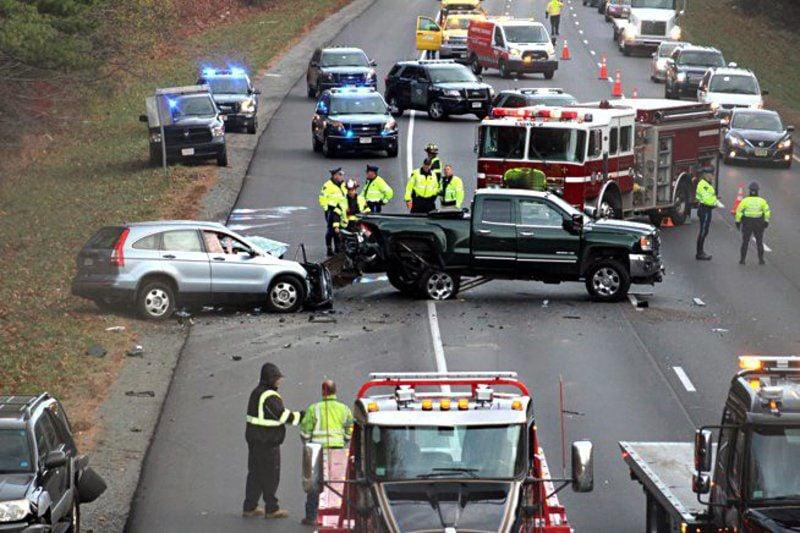 Madison : Car accident last night haverhill ma