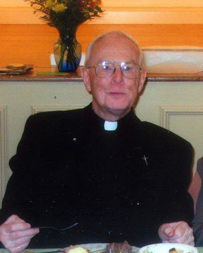 Suit accuses ex-Haverhill priest of sex abuse | Haverhill
