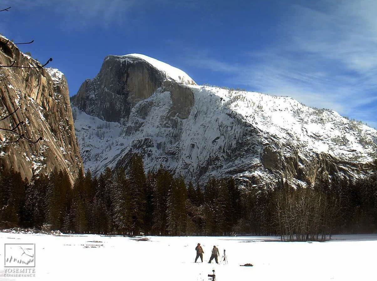 One dead in Yosemite rock slide