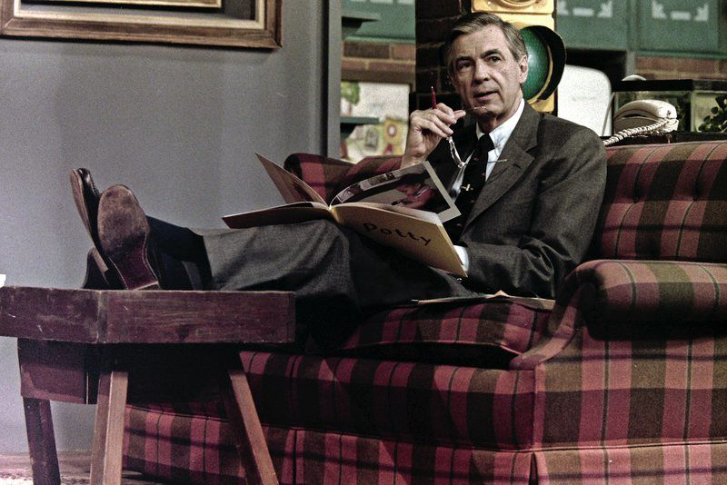 Lessons From Mister Rogers Hanks Rhys Talk About Working On A Beautiful Day Lifestyle Eagletribune Com