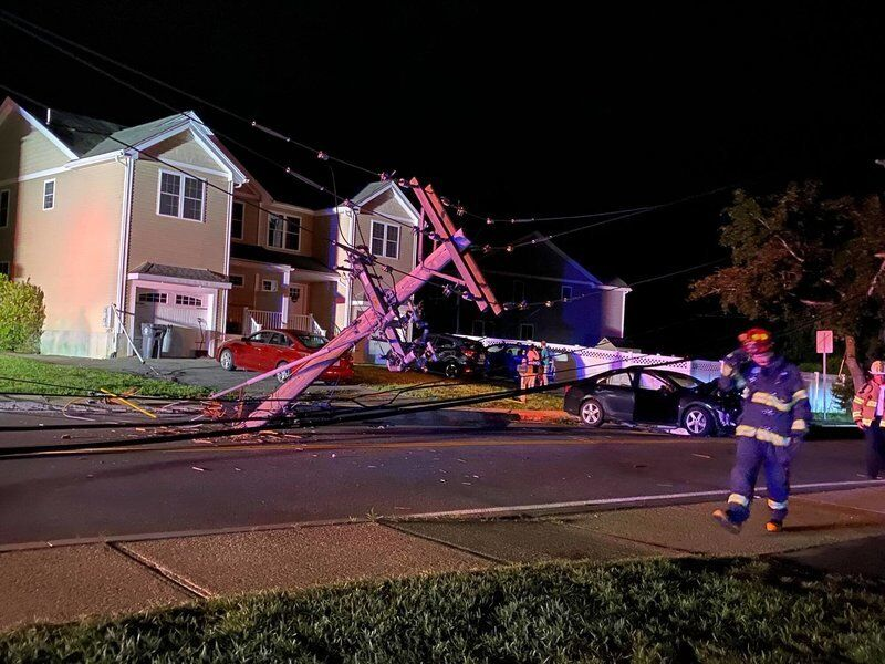 Police: Drunk man knocked out power in crash