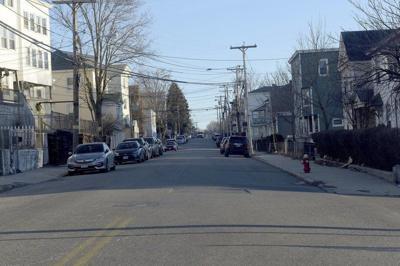 Lawrence girl, 16, shot instreet fight