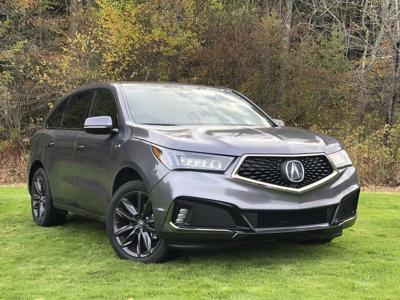 Acura MDX gives luxury lots of room