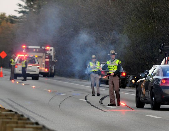 Single-car accident injures three, snarls I-93 traffic for