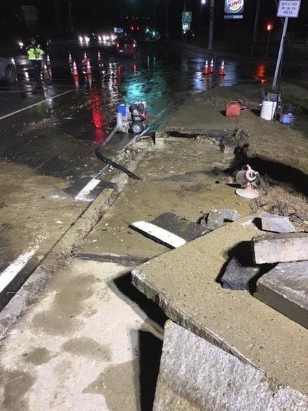 Water main break shuts down dialysis center in Methuen
