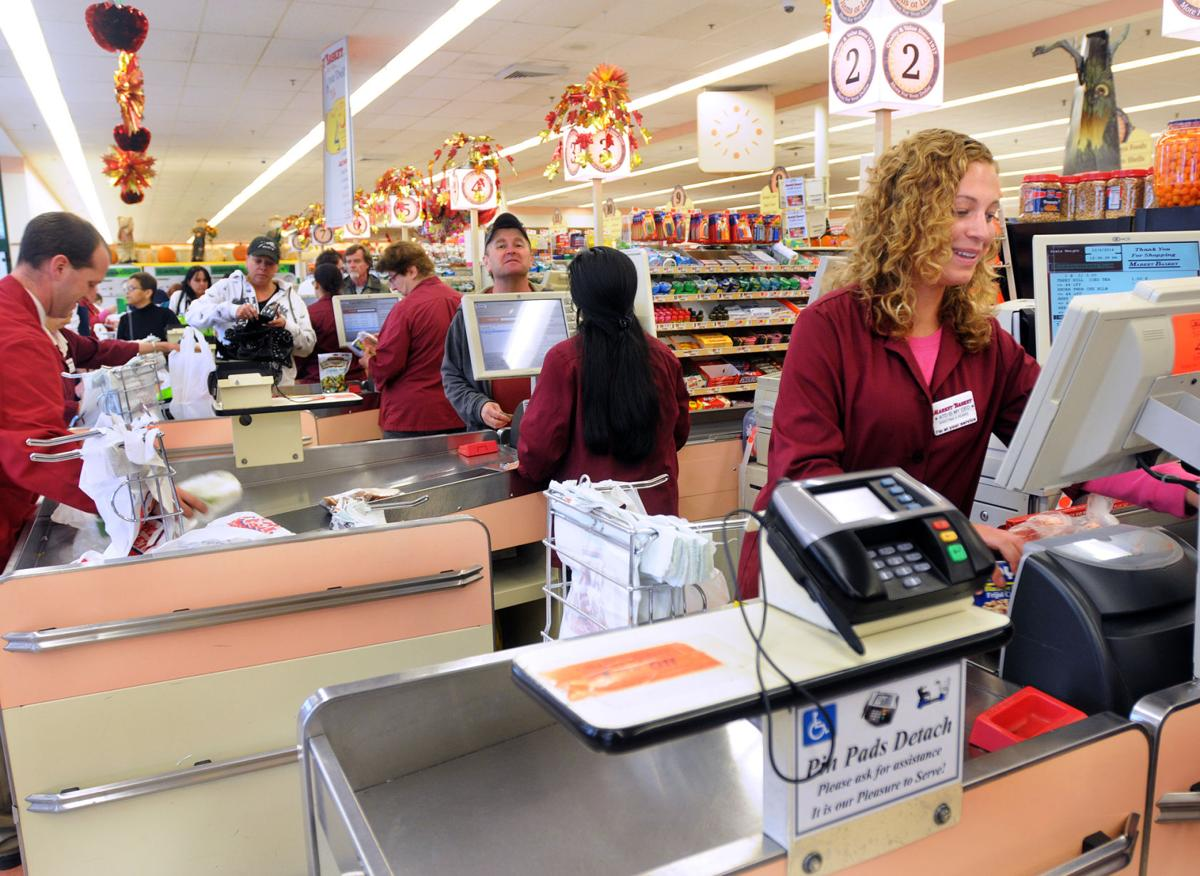 Market Basket employees hope for usual year-end bonuses | Local News ...