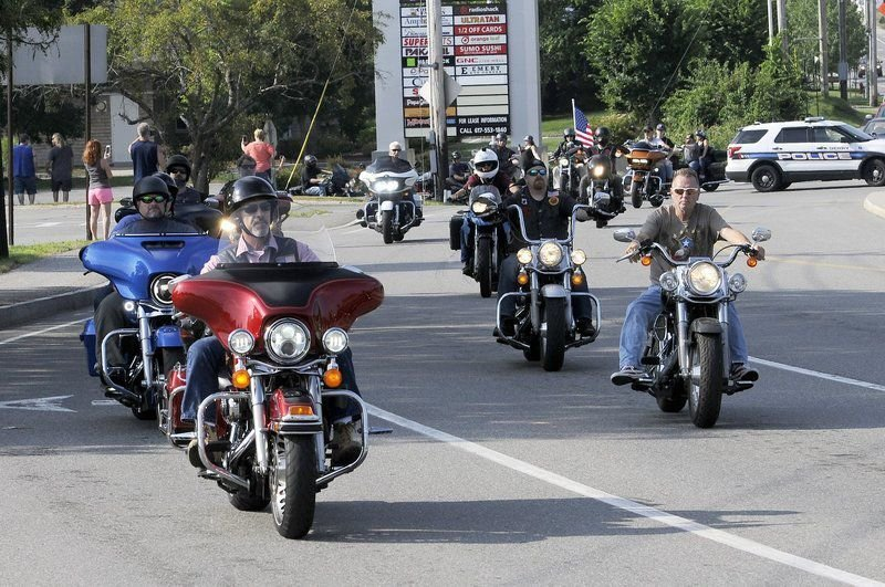 Thousands ride in honor of 7 bikers killed