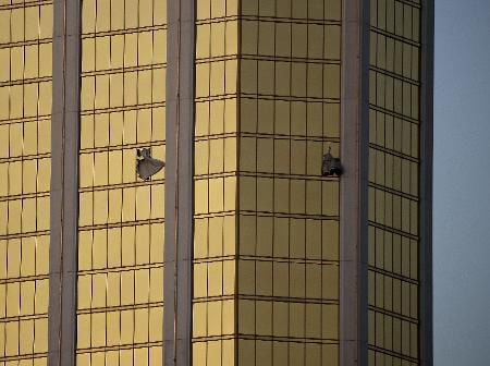 Las Vegas gunman had devices to speed firing