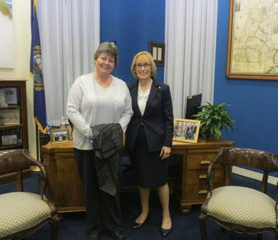 Hassan hosts Seabrook woman at State of the Union