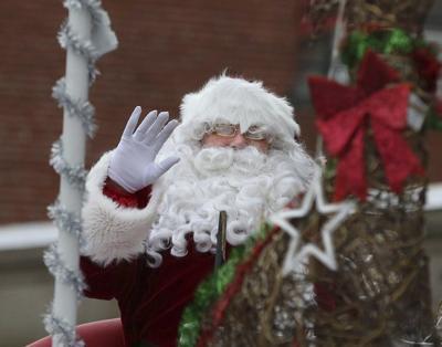 Santa's here: Cheering crowd watches Haverhill Santa Parade