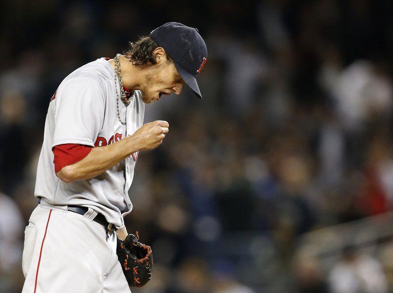Crumbled Clay: Yankees pound Buchholz, Sox