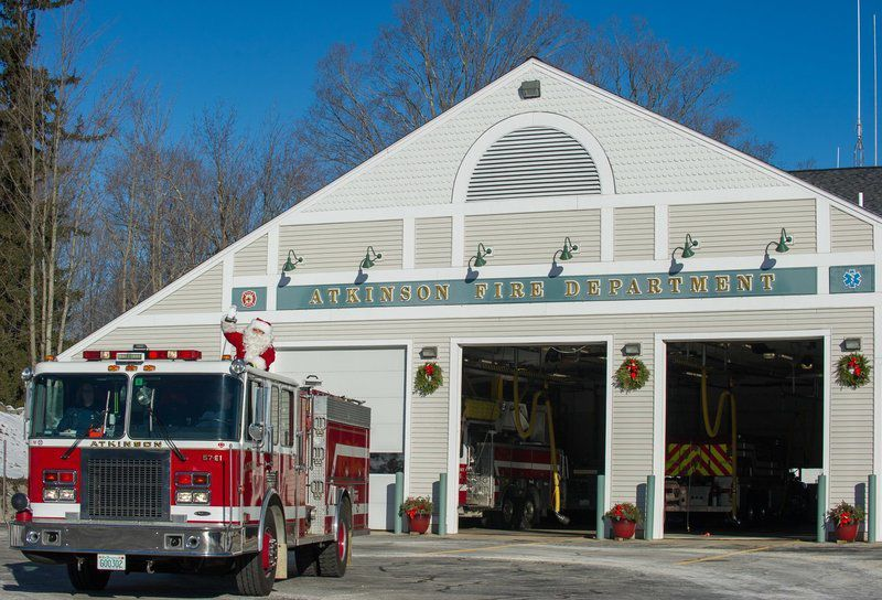 Santa Claus Spotted In Atkinson, New Hampshire | New Hampshire |  Eagletribune.com