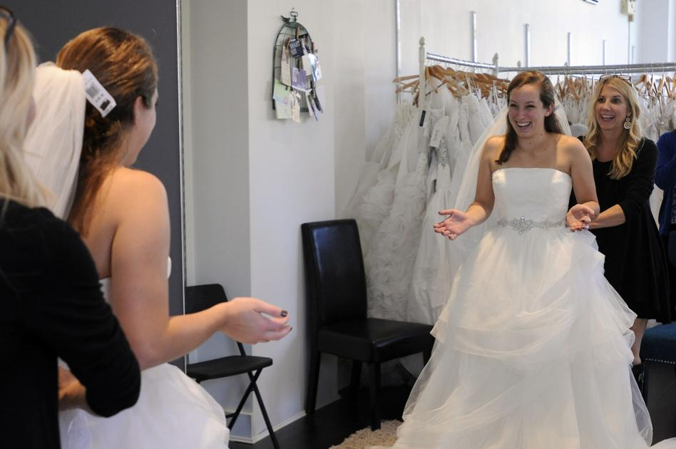 Military brides get free wedding gowns new hampshire for Free wedding dresses for military brides