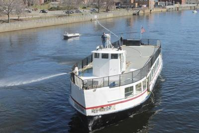 Riverboat tour plans stalled again