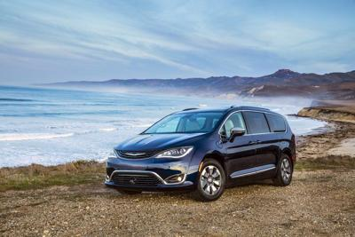 Moms can groove in a Chrysler Pacifica