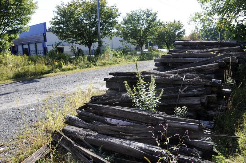Salem wants 6,000 railroad ties out of town