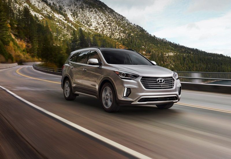 Hyundai Santa Fe Stretches For Extra Space