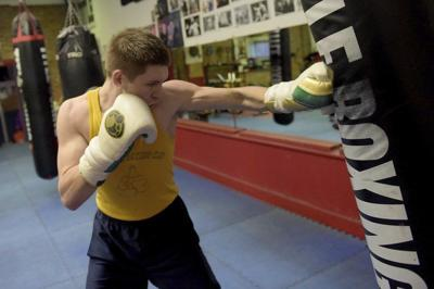 Local boxer preps for third professional bout