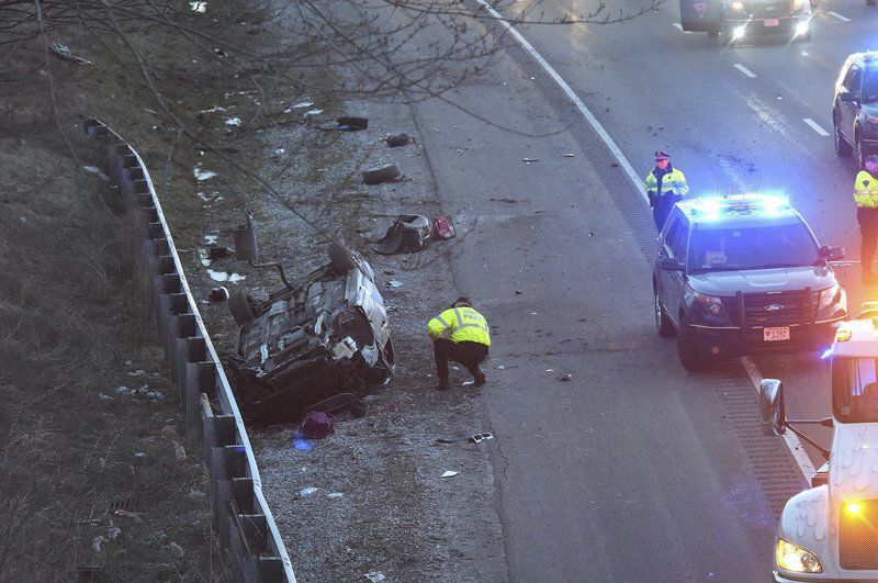 Police identify victim in I-495 rollover as 18-year-old from