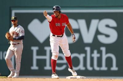 Mason: Baseball gods smile upon Xander Bogaerts after hellacious early BP session