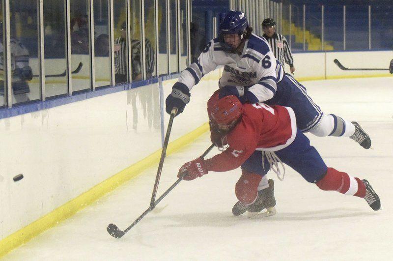 Pappalardo follows big brothers' footsteps as star for Salem hockey