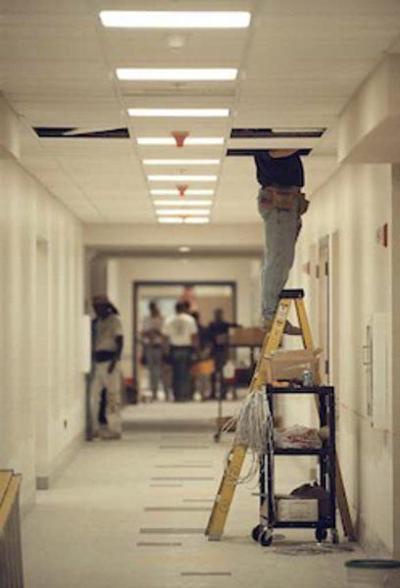 Guilmette School mold lawsuit advances