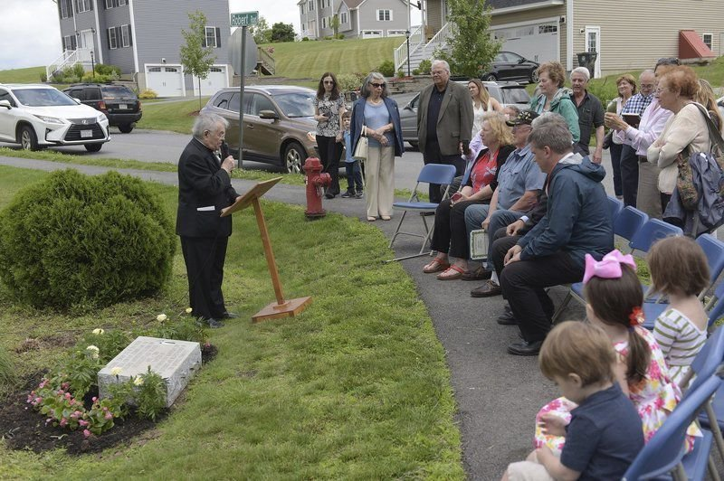 Recognizing a dedicated priest