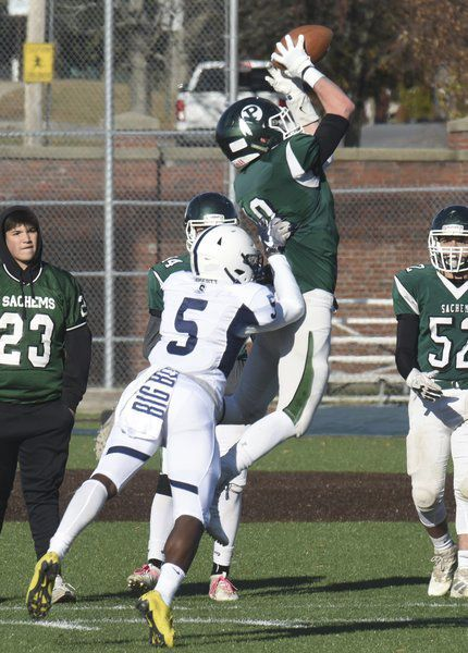 Cleary, Etter connect for last-minute touchdown, but Pentucket rally stalls