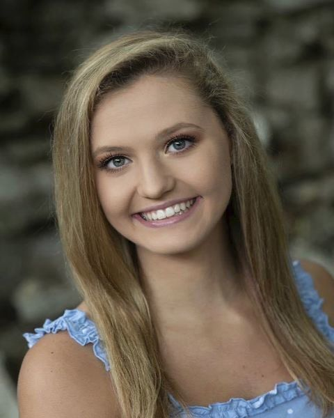 HOMETOWN HERO: Salem High teen bringssenior pride online