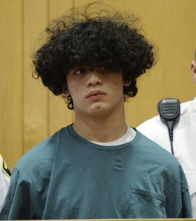 Judge allows cell-phone evidence in beheading case