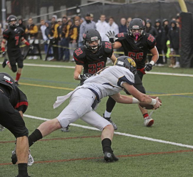 Andover rides rushing game to lopsided Thanksgiving win over North Andover