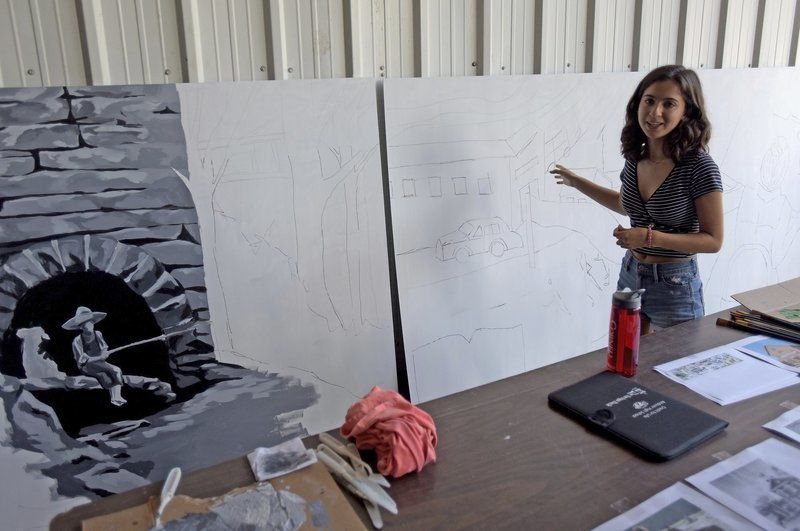 Movable mural to display town's history, icons