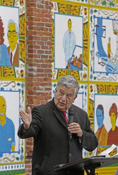 Immigrant mural unveiled in Haverhill