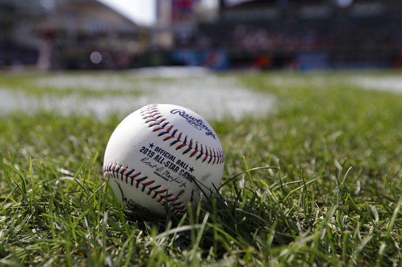 Manfred: Baseballs not juiced, but decreased drag puzzling