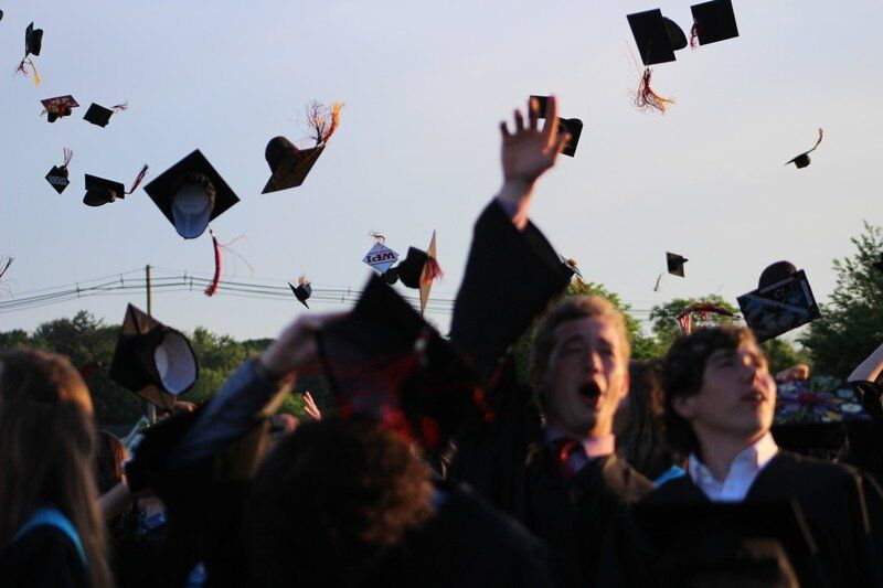 Town rallies for North Andover graduation
