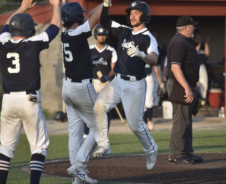 Locals pace surging Night Owls to 4th straight win