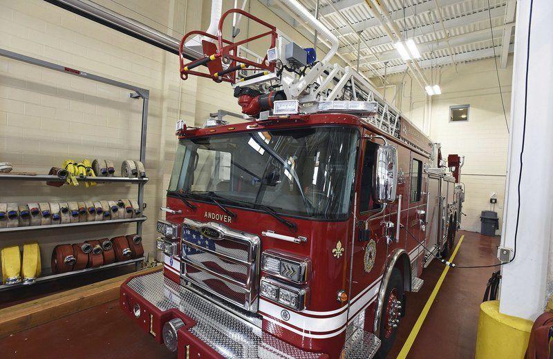 Too tall: New, $1M ladder truck won'tfit under Horn Bridge