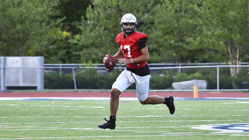 The Edwards Era: Former Central Catholic star ready to lead UNH offense