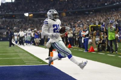 Cowboys star Ezekiel Elliott's holdout could last 'months'