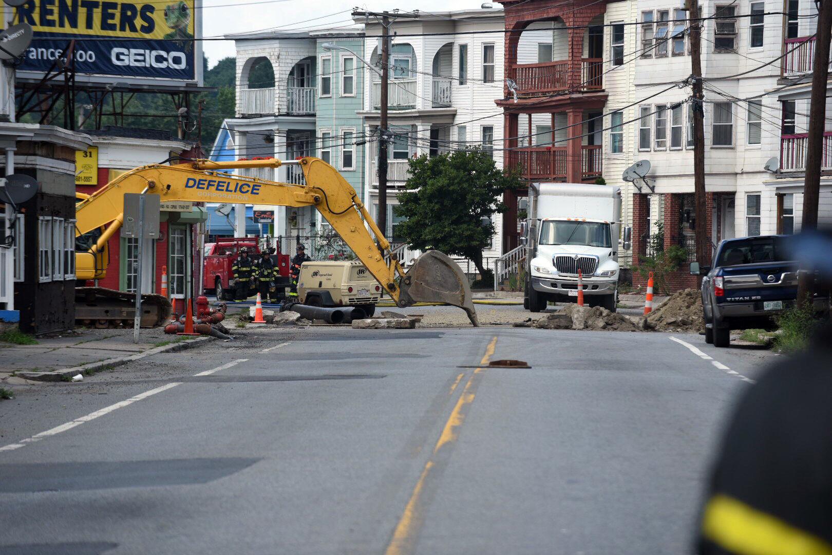 residents near lawrence gas leak warned to avoid area news rh eagletribune com