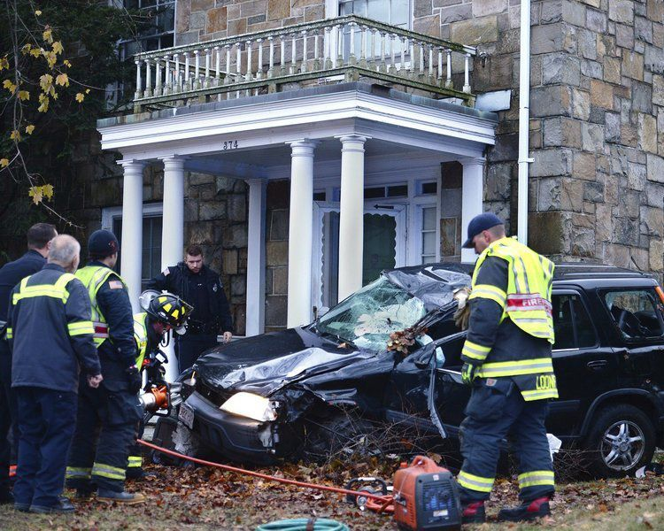 1 injured as car 'careens' into house in Andover
