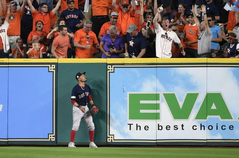 Minute Maid Park is rocking with hopes of Astros' win
