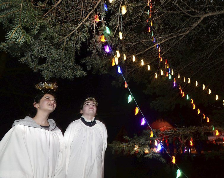 STEPPING OUT: 65th annual Salem, N.H., Christmas Tree Lighting and Nativity  Scene Ceremony - STEPPING OUT: 65th Annual Salem, N.H., Christmas Tree Lighting And