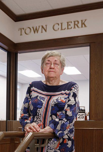 Longtime town clerk to retire