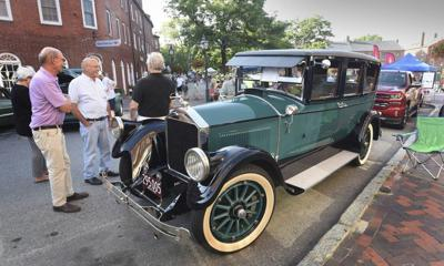Classic car show Cruisin' the '50s rolls in Thursday