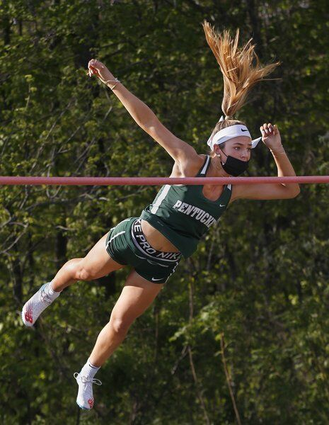 Endicott-bound Dickens did it all for Pentucket track