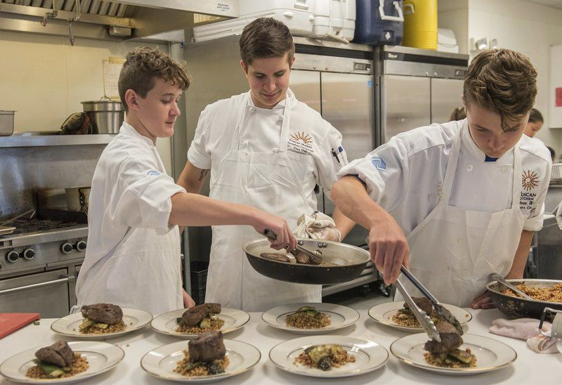 Mangia bene: Salem Boys & Girls Club chefs cook up special lunch with help from