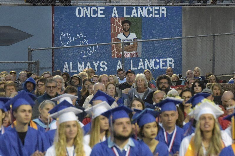 Londonderry High honors class of 2021