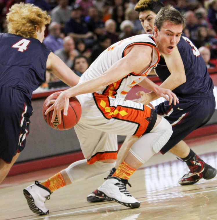 Perry plans to play March Madness game in future | VarsityXtra